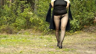 My stroll regarding pantyhose yon heels
