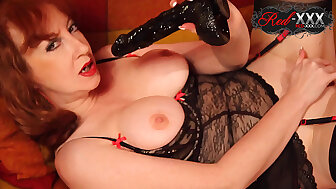 Big-busted MILF Overheated XXX plays concerning will not hear of sloppy untidy pussy