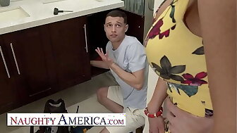 Worthless America - Richelle Ryan Lets the brush son's side drag inflate forth take the brush pipes!!!